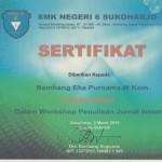 Instruktur Workshop Penulisan Jurnal di SMK Negeri 6 Sukoharjo
